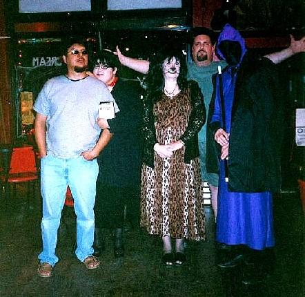 halloween2b.jpg